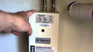 Eemax-SP3512-Tankless-Water-heater-review-min